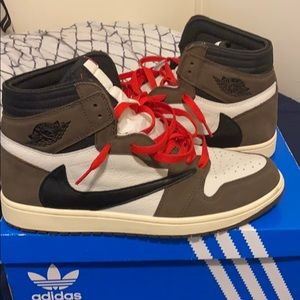 Travis Scott Retro Mocha 1s